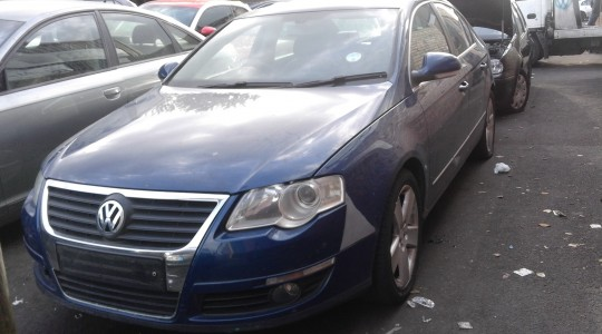 VW PASSAT SPORT TDi 140 BREAKING FOR PARTS